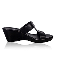 ae645e4b0005b Ladies Wedge Shoe- Black