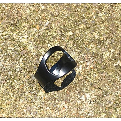 Creative Bottle Opener Beer Bottle Opener Ring Opener - Black