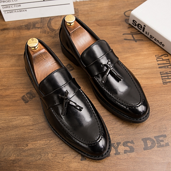 f1461295ed8b EUR Size 38-44 Luxury Men Oxford Shoes Tassel Leather Shoes Men Dress Shoes  Wedding