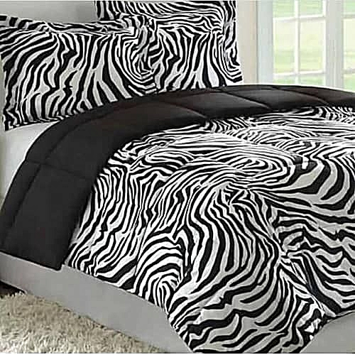 Black And White Bedsheet, Duvet And 4 Four Pillow Cases