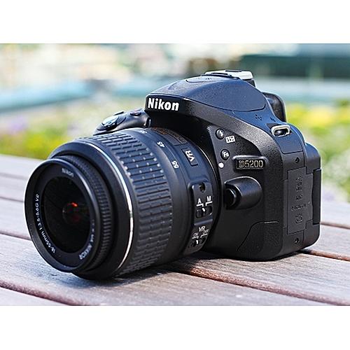 D5200 DSLR Camera