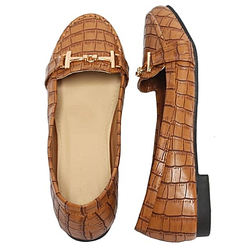 Unique Female Flat Shoe - Brown