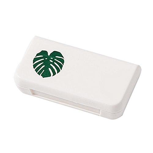 Mini 3 Grids Pill Case Portable Medicine Box Multi-styles Storage Container(Leaf)