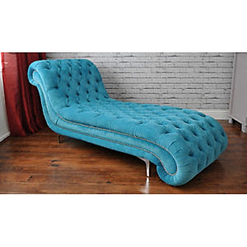 Toyle Range Chaise Lounge With Throw Pillows