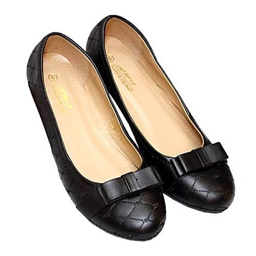 Unique Ladies Shoe - Black
