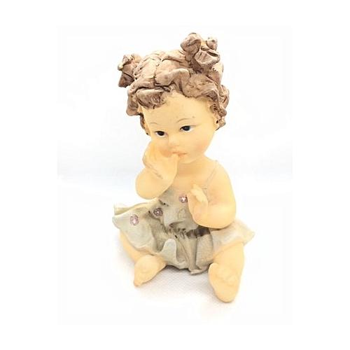 Figurine : Girl Sucking Her Finger