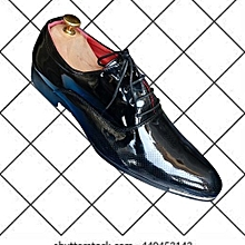 4d1fad3639ec Women Patent Leather Flat Shoe With Horse Wip Detail - Black