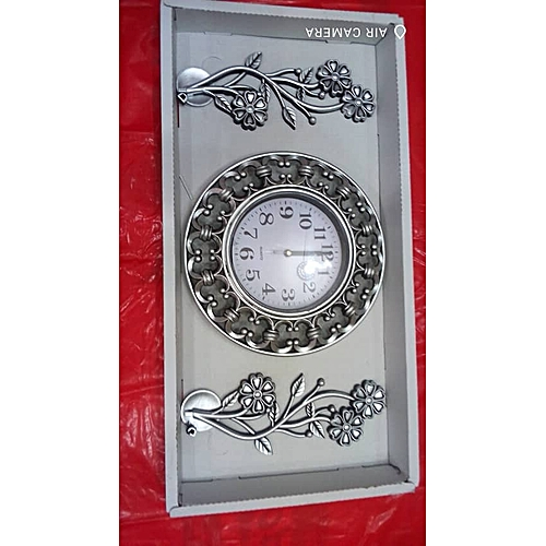Wall Clock With Flower Design Decoration