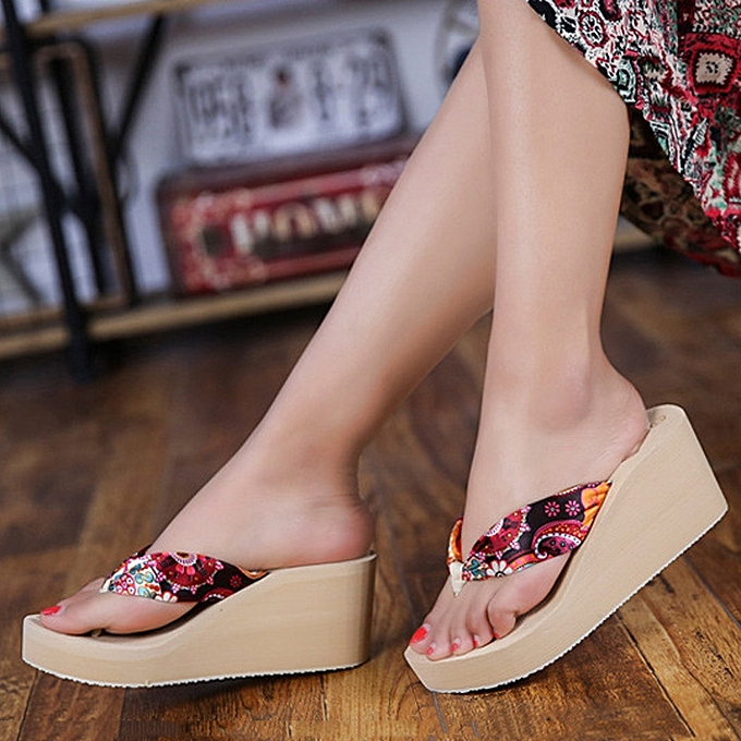 74a44cbbf Women s Shoes Platform Flip-flops Women s Fashion New Casual Slippers High-end  Thong Sandals