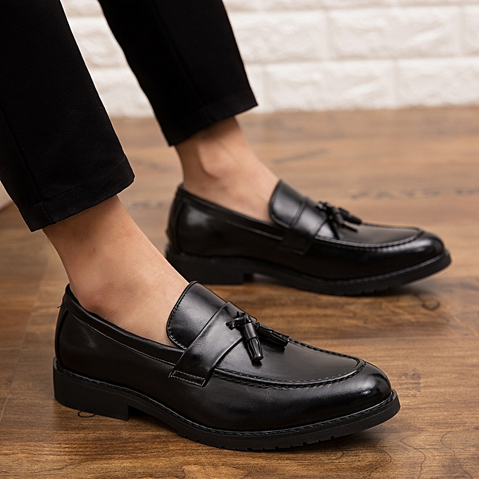 b5e136f9add 2019 New Mens Patent Leather Shoes Luxury Tassel Loafers Slip On Office Formal  Dress Shoes Men