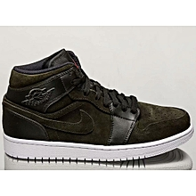 bc78a0ab9638 Nike Men Air Jordan 1 Mid Lifestyle Black 554724-302