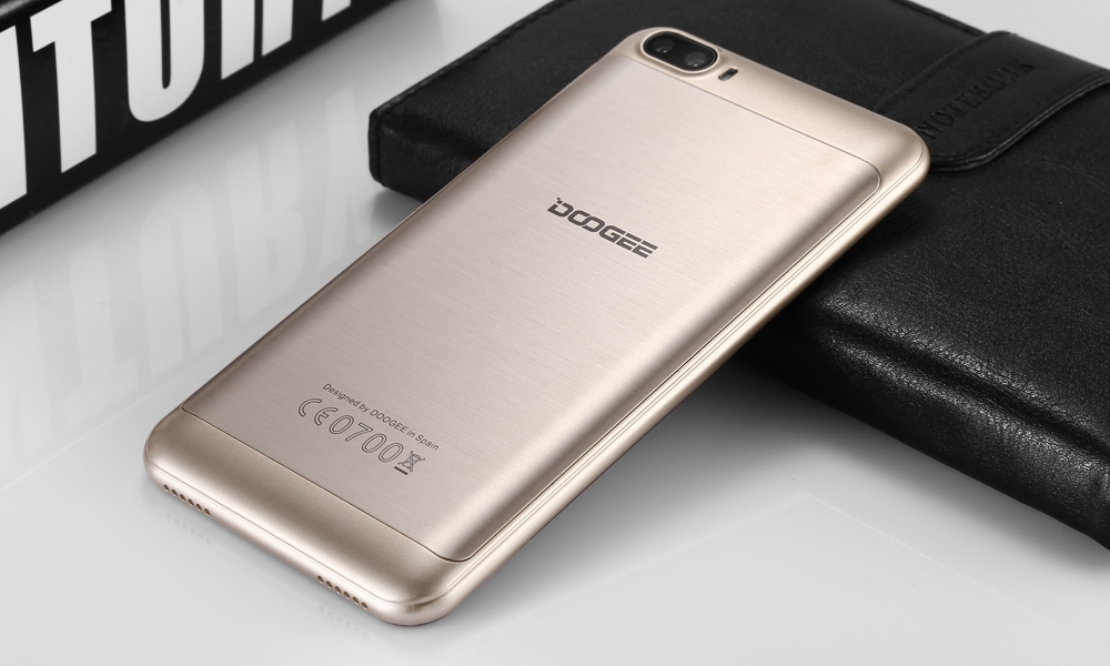 DOOGEE Shoot 2 3G Smartphone 5.0 inch Android 7.0 MTK6580 Quad Core 1.3GHz 5.0MP Dual Rear Cameras Touch Sensor