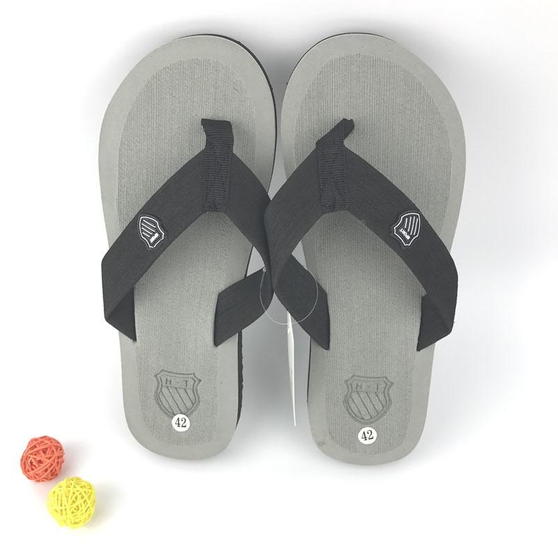 8565077f6 Fashion 2017 New Flat Sandals Slippers Men Summer Bakham Leisure ...