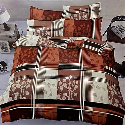 Colored Bedsheet With Duvet And Four Pillows