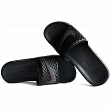 96ac634ea0dd Nike Men Lifestyle Benassi Solarsoft Black 705474-091
