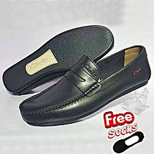 8ef323a3bd8 New Clarks Loafers Shoe + FREE SOCKS