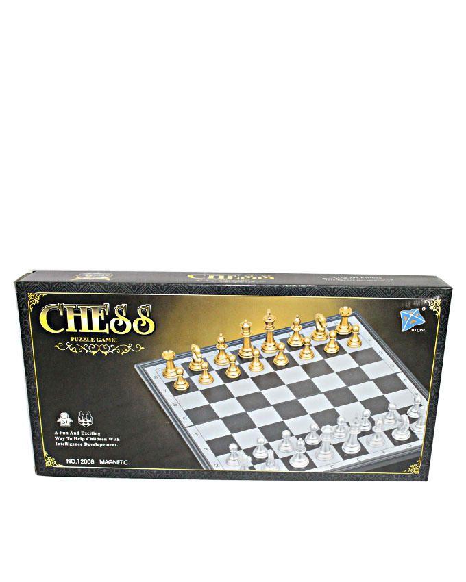 Chess Set - Black / White