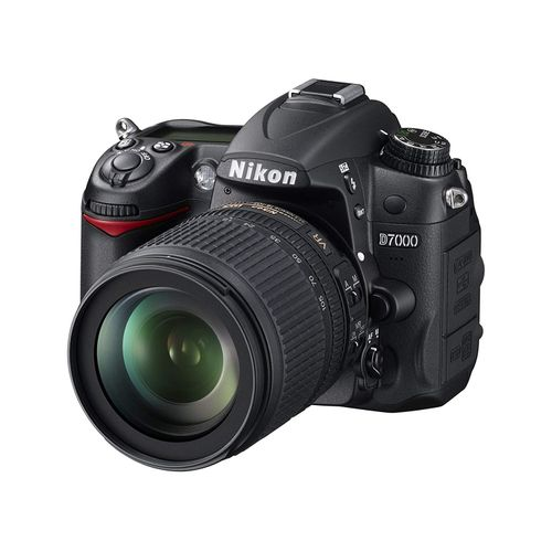 D7000 Digital SLR Camera With 18-105mm Lens