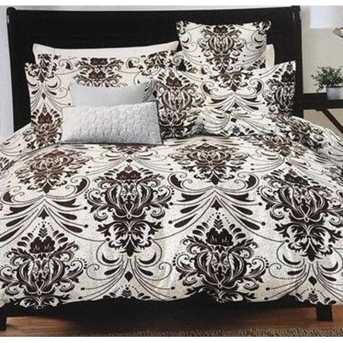 Well Patterned Bedspread With Pillow Cases