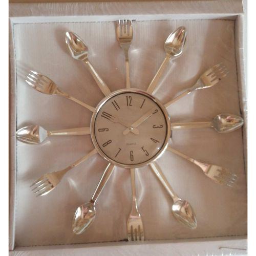 Kitchen Wall Clock Decoration, Silver