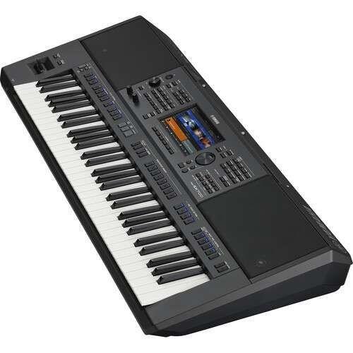 Yamaha PSR-SX700 61-Key Mid-Level Arranger Keyboard