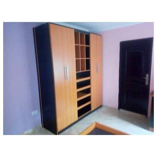 Lacream Ensuite Storage-Free Lagos Delivery