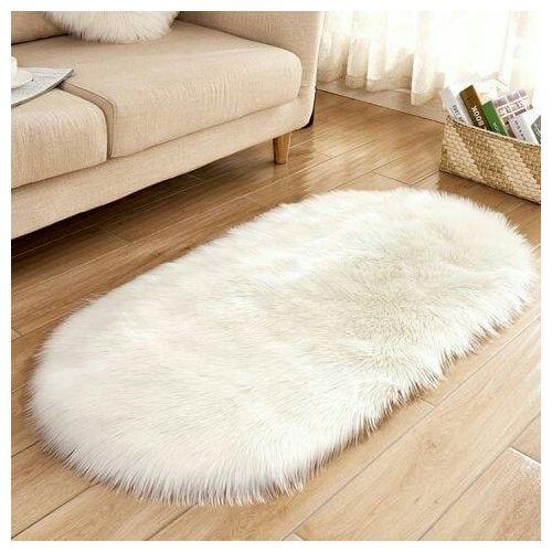 Oval Shape Fur Rug (Off White)