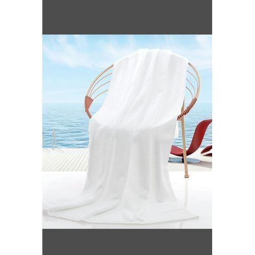 THICK, EXTRA-LARGE ABSORBENT WHITE TOWEL