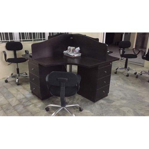 4 Seater Workstation