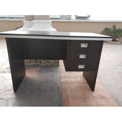 SOLID 4 FEET Office Table - BLACK