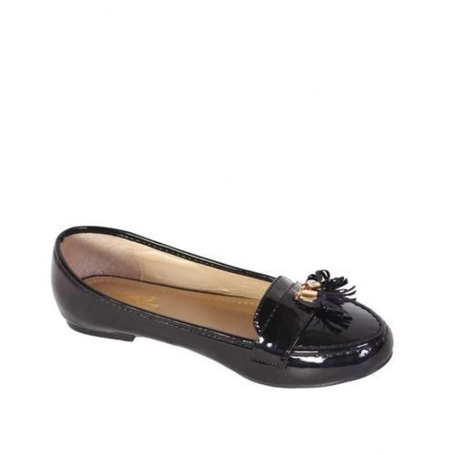 Ladies' Patent Leather Ballerina With Tassle Detail - Black