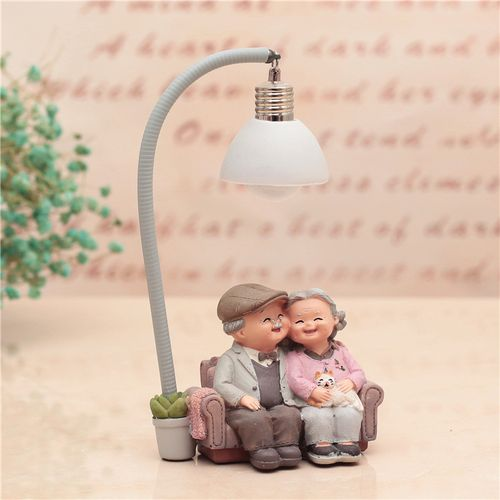 New Arrival Couple Night Light Ornaments Valentine Wedding Anniversary Gift Home Decor Romantic Resin Ornament Art Craft