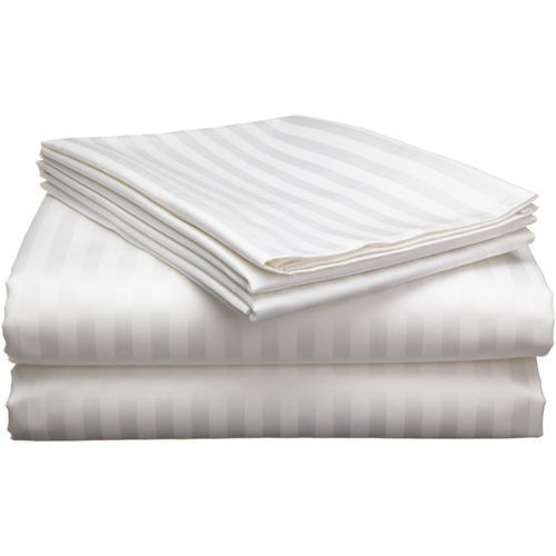 White Bedsheet With Pillow Cases