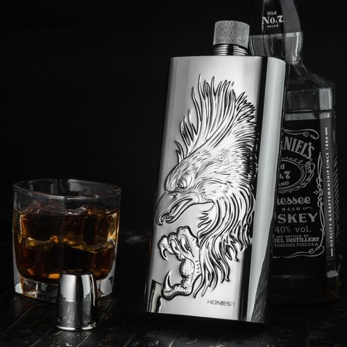 High-grade Metal Stainless Steel Hip Flask With Portable Outdoor 17-ounce Wine