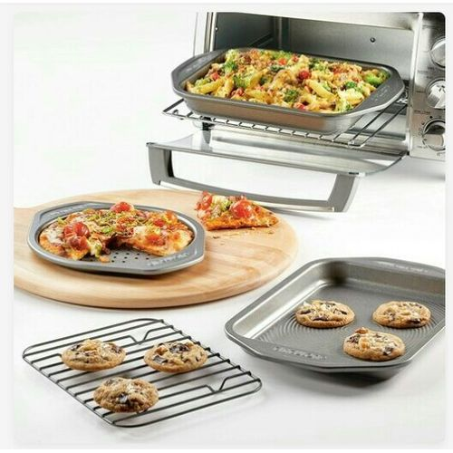 4-Piece Non-Stick Bakeware Set
