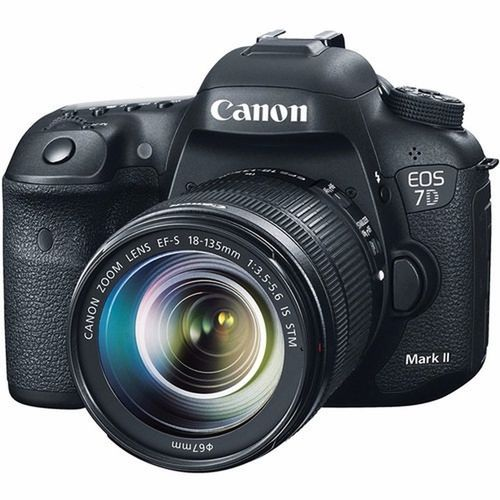 EOS 7D Mark II DSLR Camera + 32GB MEMORY CARD