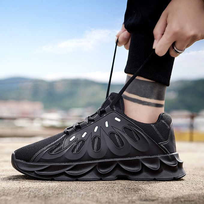 New Mens//Gents Black Lace Up Fastening Running Trainers
