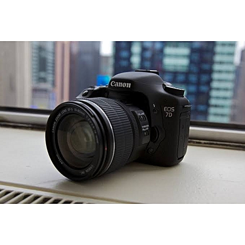 Canon Camera EOS 7D + 18 - 135mm Lens