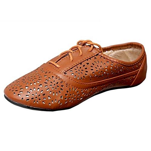 Perforated Boyfriend Shoe - Brown