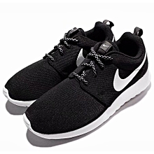new products 6c8f4 af877 Nike Women Roshe One Rosherun Black 844994-002